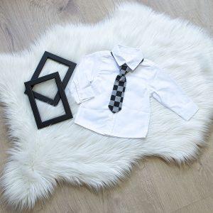 Košulja i kravata na kocke
